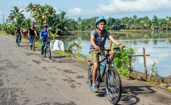 Boat & Bike tour in Kerala