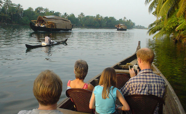 Kerala Homestay Tour - Backwater Canoe ride